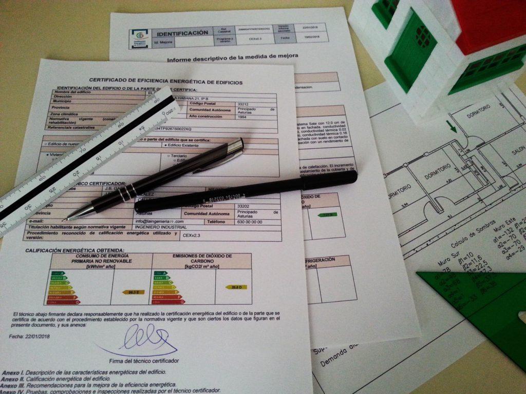 Ejemplo de un certificado energético, plano y mediciones necesarias