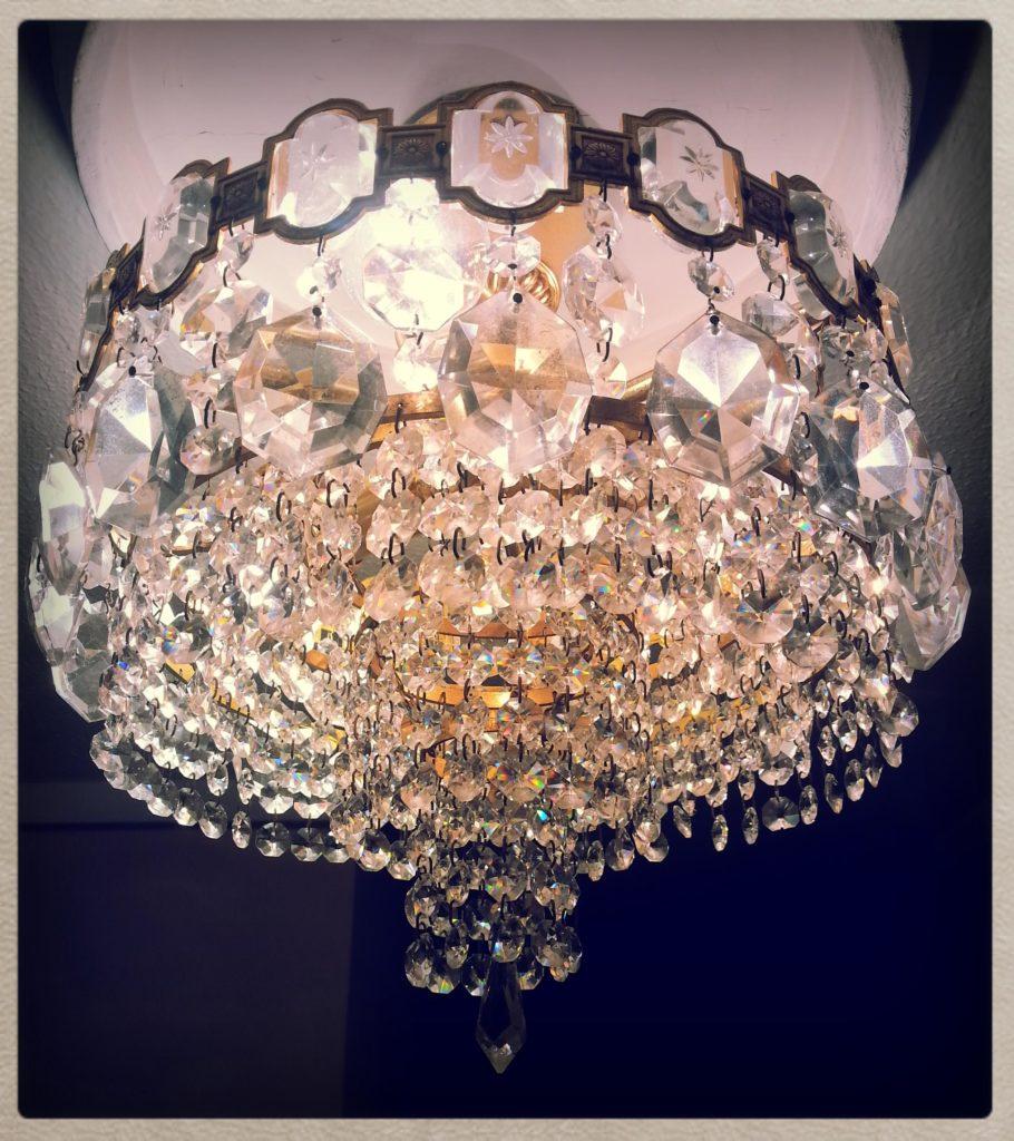 Pasar a iluminacion LED una lampara con bombillas incandescentes